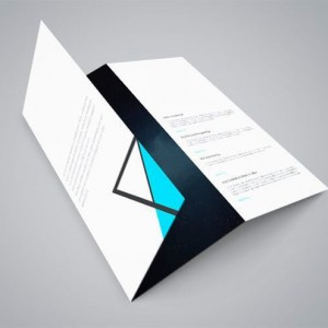 Free_Trifold_Brochure_Mockup_PSD